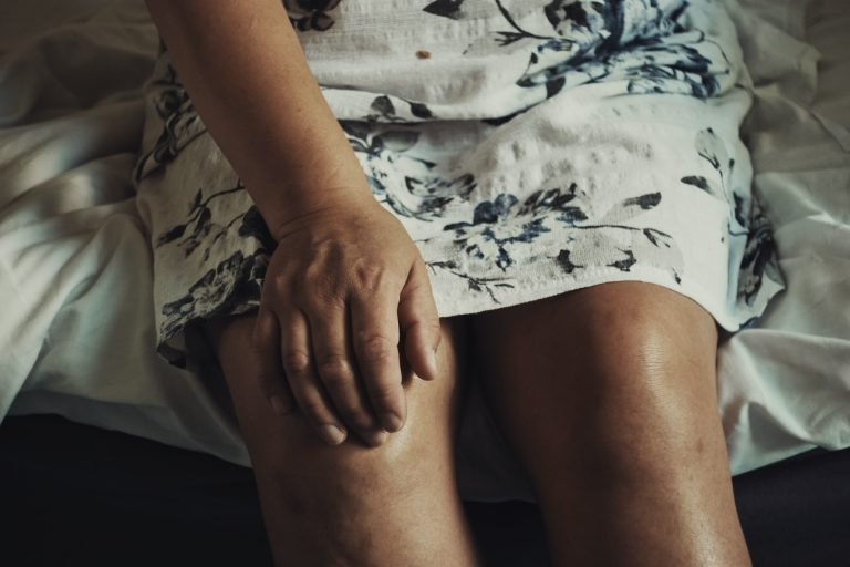 Strengthofhope - Sprained Knee Pain